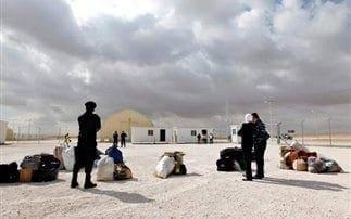 Ο χειμώνας απειλεί τους πρόσφυγες της Συρίας – Τεράστια ανθρωπιστική καταστροφή στη Μέση Ανατολή