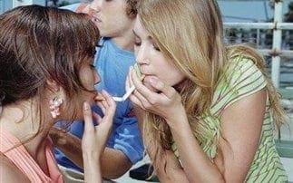 Κίνδυνος για εκατομμύρια παιδιά για πρόωρο θάνατο από το κάπνισμα