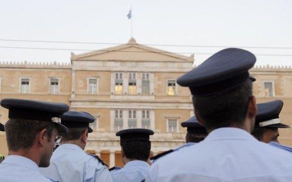 Δικαστική βόμβα μεγατόνων – Το Συμβούλιο της Επικρατείας ακύρωσε τις Μνημονιακές μειώσεις αποδοχών που έγιναν σε όλους τους ένστολους!
