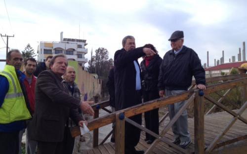 Ο δήμαρχος Ρόδου στις πληγείσες περιοχές της Ιαλυσού για αυτοψία
