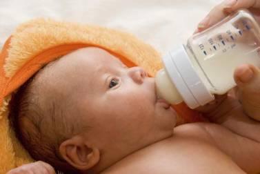 Καλαμάτα: Κοριτσάκι το πρώτο μωρό του 2014 (vid)