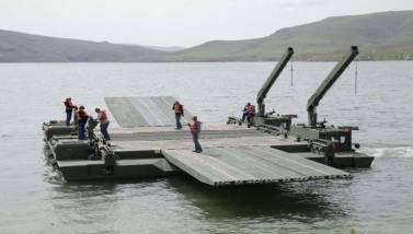 """Τούρκοι αξιωματικοί: """"Ο Έβρος δεν είναι πια εμπόδιο με τις γέφυρες Samur"""" (vid)"""