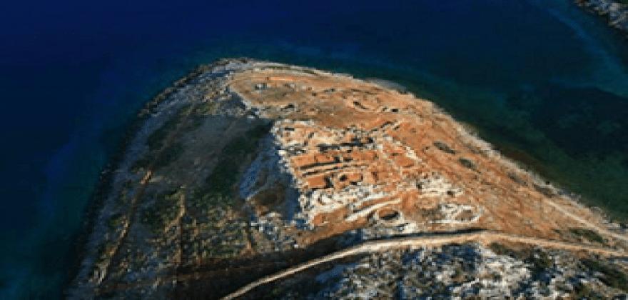 """Αγαθονήσι: Οι αρχαίοι είχαν φτιάξει ναυτικό οχυρό – Σήμερα """"αλωνίζουν"""" τα τουρκικά μαχητικά"""