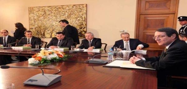 Πολιτική κρίση στη Κύπρο: Παραιτήθηκε σύσσωμο το υπουργικό συμβούλιο