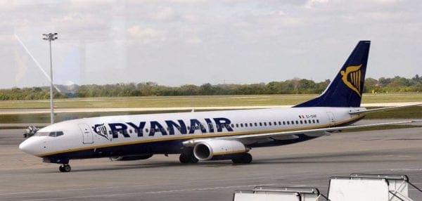 Ryanair: Υπερατλαντικές πτήσεις με εισιτήριο μόλις 10 ευρώ υπόσχεται η αεροπορική εταιρεία