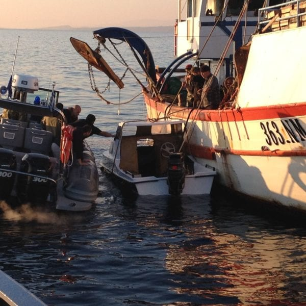 Τραγωδία στη Μυτιλήνη: Επτά νεκροί μετανάστες μετά από βύθιση λέμβου – Φωτογραφίες