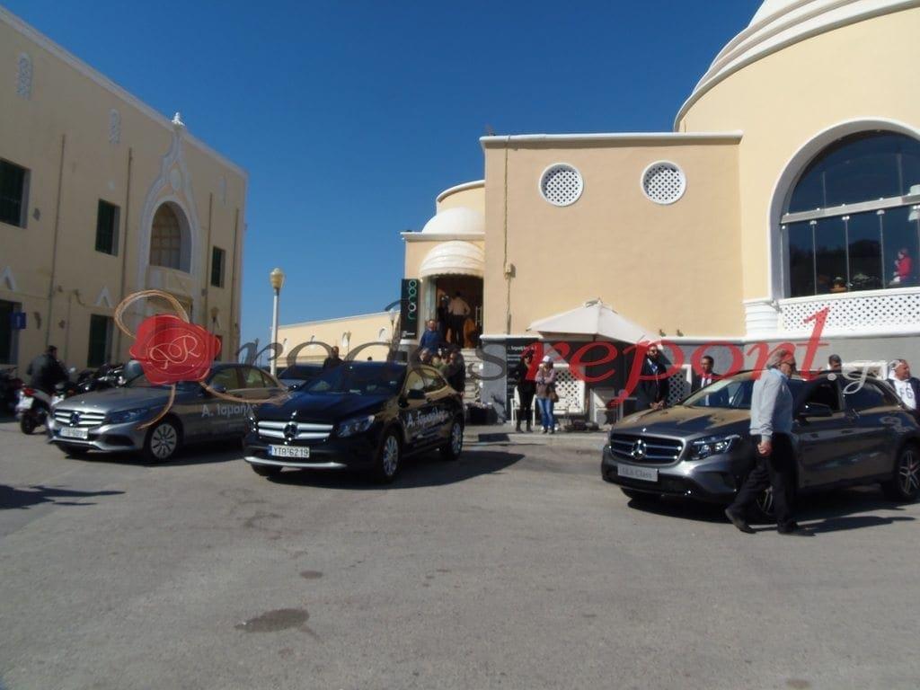 Εντυπωσιάζουν οι νέες Mercedes Benz από την Α. Ισμαήλος Α.Ε. στην Πλατεία Κουντουριώτη