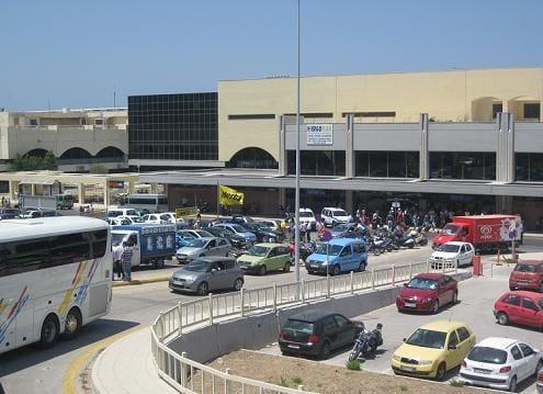 Συγκέντρωση διαμαρτυρίας την Πέμπτη κατά της ιδιωτικοποίησης του αεροδρομίου της Ρόδου