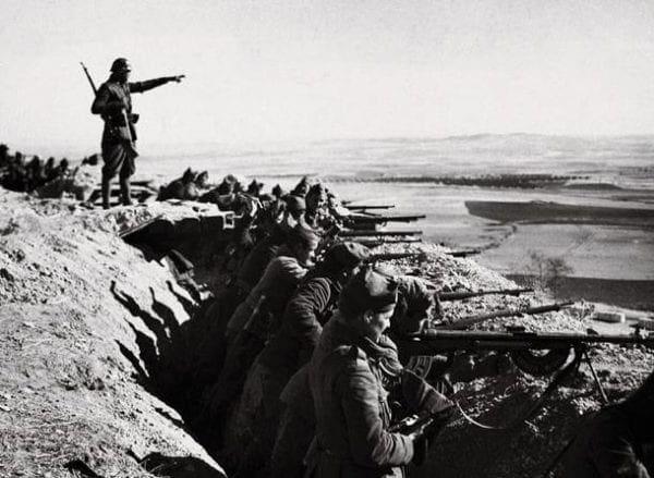 Εορτασμός της Ημέρας Λήξης του Β' Παγκοσμίου Πολέμου στη Ρόδο