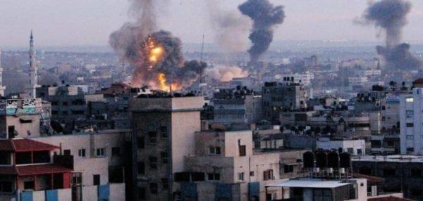 """""""Κόλαση"""" στη Γάζα: Πέντε σφοδρές ισραηλινές αεροπορικές επιδρομές (vid)"""