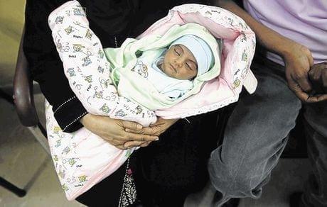 Απίστευτο! Μωρό 9 μηνών συνελήφθη για απόπειρα ανθρωποκτονίας