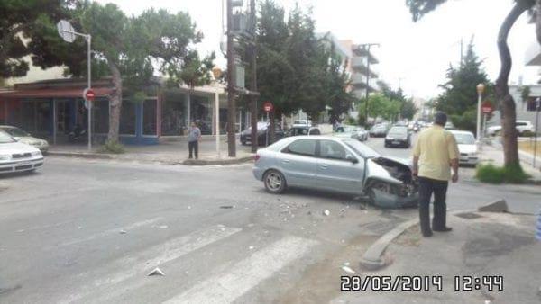 Τροχαίο ατύχημα στην πόλη της Ρόδου και προς αεροδρόμιο