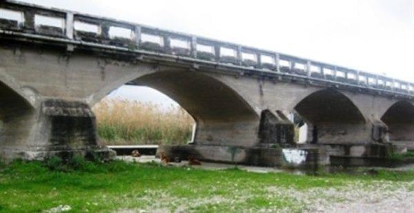 Υπεγράφη απο τον Γιάννη Μαχαιρίδη η σύμβαση εκτέλεσης του έργου «Γέφυρα Κρεμαστής», έναντι συνολικού ποσού 2.307.600 € ευρώ.