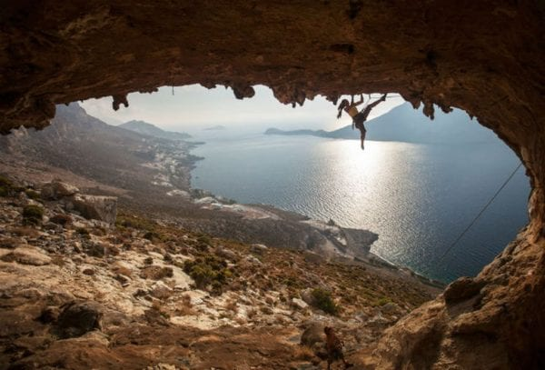 Τα μυστικά της χώρας μας: Ο βράχος της Καλύμνου (pic)