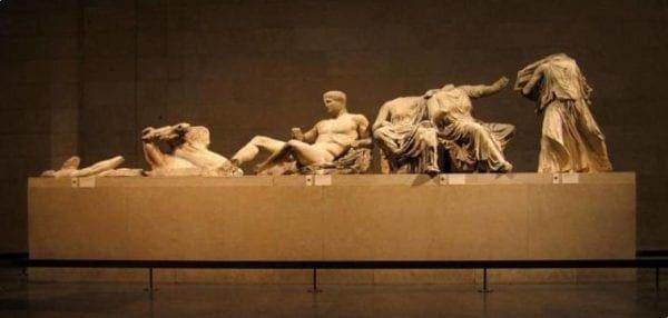 "Guardian: ""Η Βρετανική Αυτοκρατορία έχει πεθάνει – Ήρθε ο καιρός τα Μάρμαρα να επιστραφούν στην Αθήνα"""