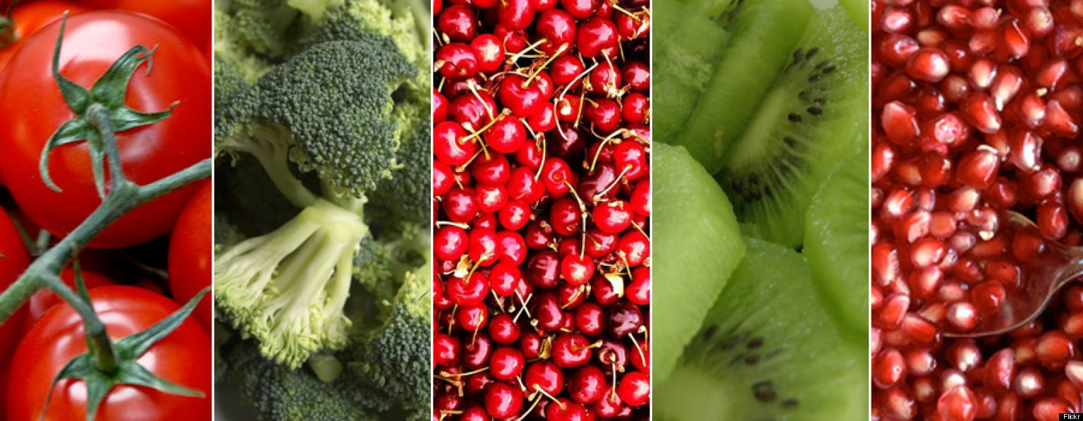o-RED-AND-GREEN-SUPERFOODS-facebook