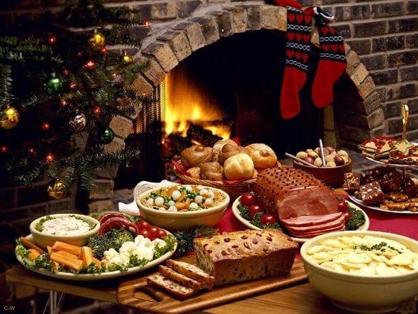 γιορτινό-τραπέζι-Χριστουγέννων