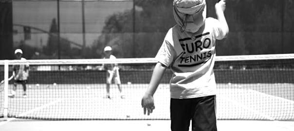 euro-tennis-play-black-and-white-604x270