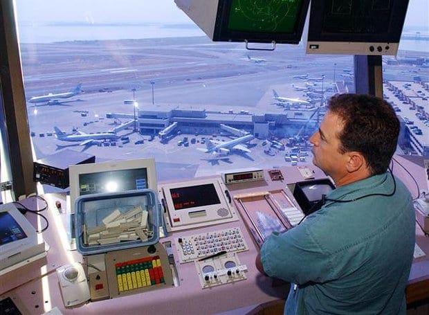 Air_Traffic_Controller