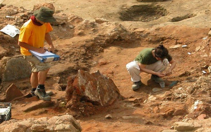 Μεγάλες μαύρες ανασκαφές