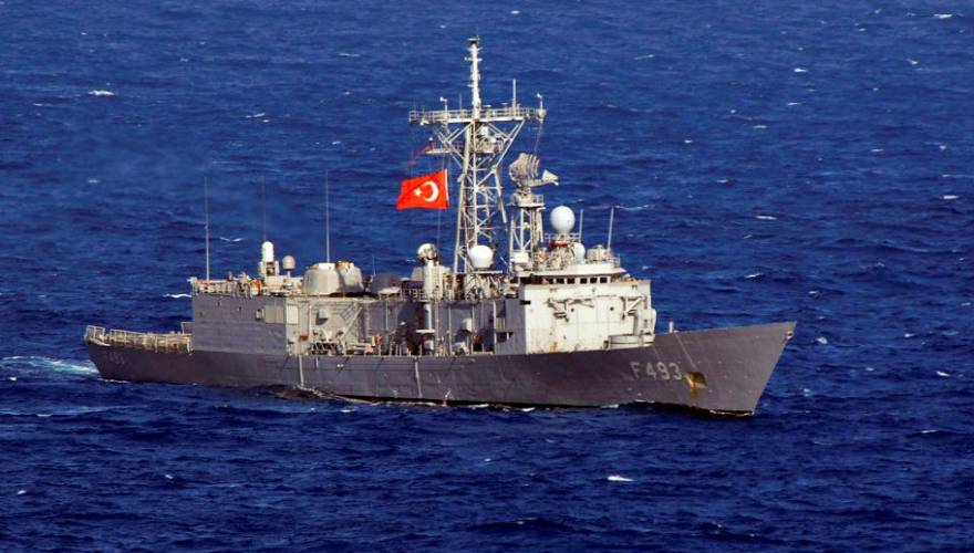 Turkish_frigate_TCG_Gelibolu_(F_493)_0_0