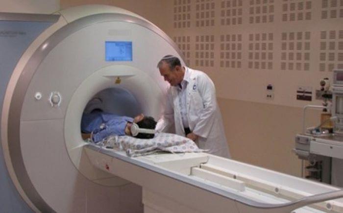 Με υψηλές ποσότητες ακτινοβολίας επιβαρύνονται οι Έλληνες από εξετάσεις