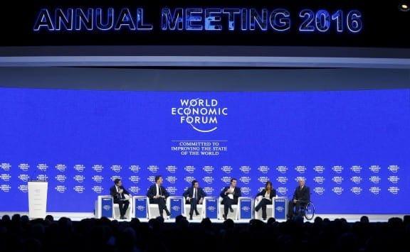 davos_panel_576_355