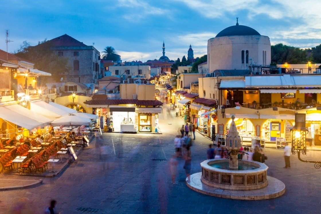ajiotheata-sth-rodo-hippocrates-square-in-the-historic-old-town-of-rhodes-greece-112-4b3a