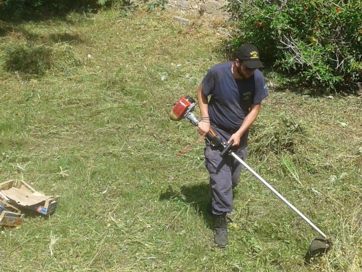 Καθαρισμός της Τάφρου από ομάδα Εθελοντών