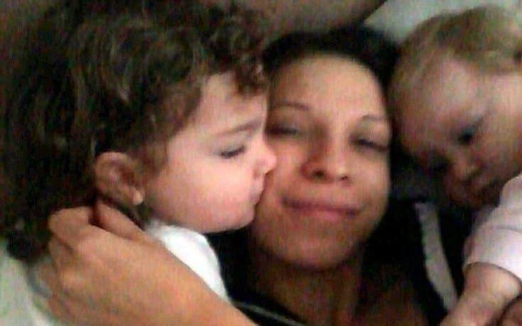 Σκότωσε τα παιδιά της, 3 ετών και 17 μηνών, για να μην τα πάρει ο σύντροφός της