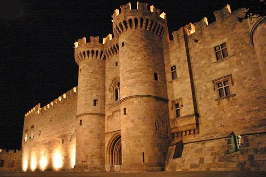 Tripadvisor: Η Ακρόπολη της Λίνδου και το Παλάτι των Ιπποτών στην λίστα με τα καλύτερα αξιοθέατα