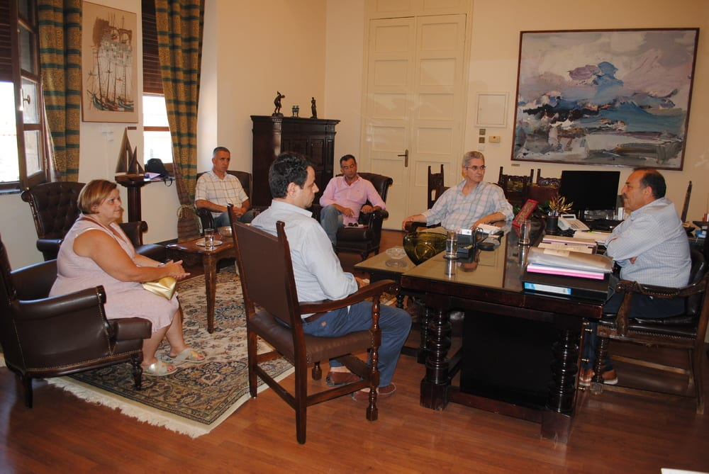 Αναβαθμίζεται το ΕΚΑΒ Ρόδου. Με τον πρόεδρο του ΕΚΑΒ και τον βουλευτή Νεκτάριο Σαντορινιό συναντήθηκε ο Δήμαρχος
