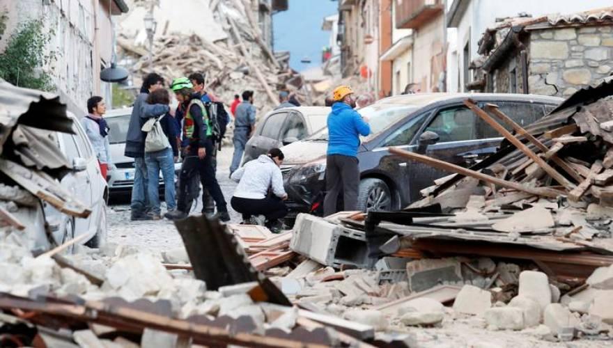 Παρακολουθείστε ζωντανά ότι μεταδίδει η ιταλική τηλεόραση για το φονικό σεισμό των 6,2 Ρίχτερ [upd]