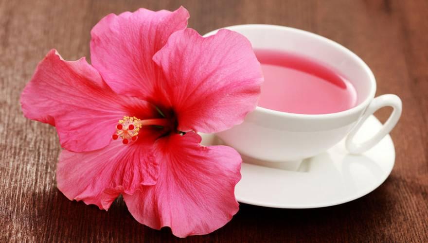 bigstock-hibiscus-tea-7678101