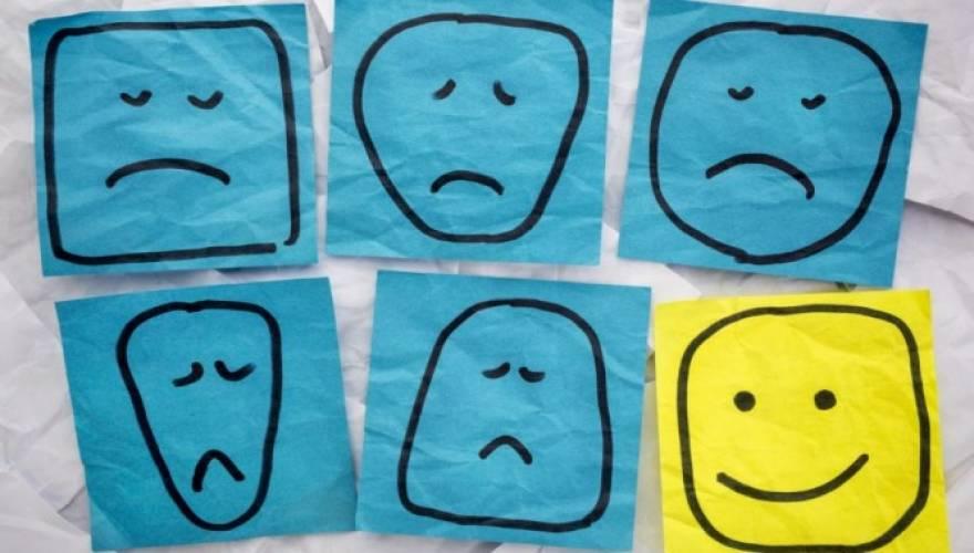 Πώς η κατάθλιψη συνδέεται με αρθρίτιδα, ψωρίαση και νόσο του Crohn