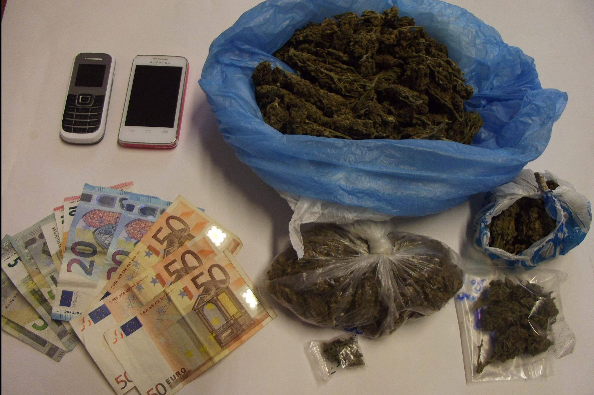 dt-narkotika-rodos-f1