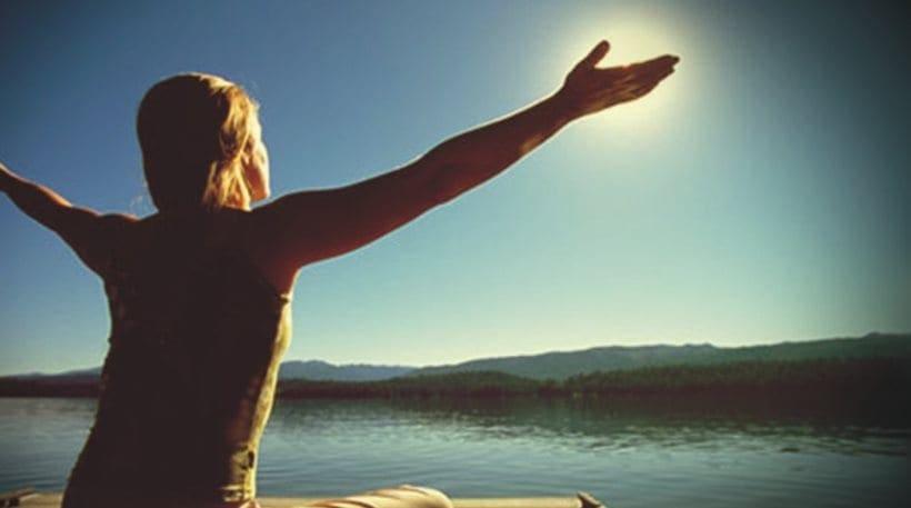 Δερματολογική Εταιρεία: Λίγα λεπτά στον ήλιο το πρωί ή το απόγευμα αρκούν για την βιταμίνη D
