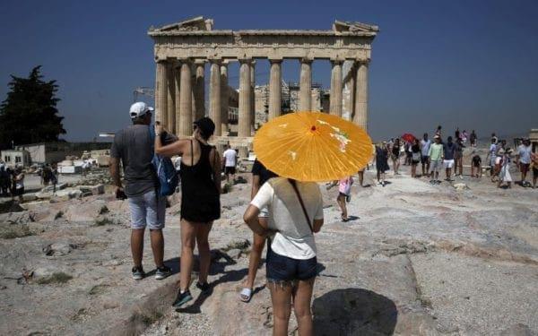 Για ρεκόρ τουριστών πάει φέτος η Αθήνα