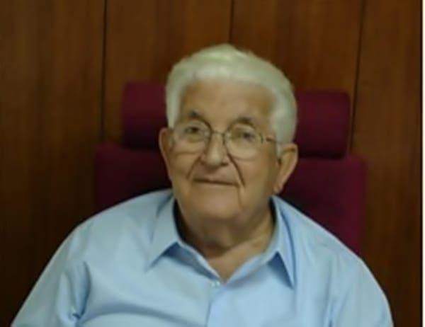 Ύστατος φόρος τιμής στον Γιώργο Χιωτάκη – Γράφει ο δρ. Νικόλαος Τσ. Φρόνας