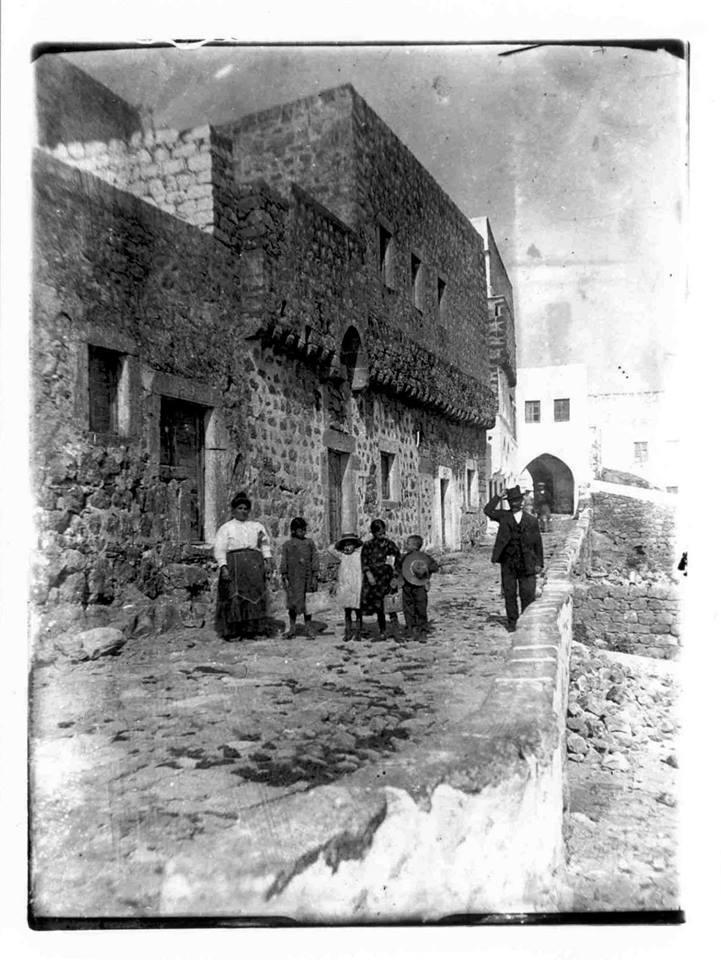 """Έκθεση φωτογραφίας με τίτλο """"Στιγμές"""" – Τα νησιά μας μέσα απο σπάνιες φωτογραφίες του Ιταλικού Αρχείου"""