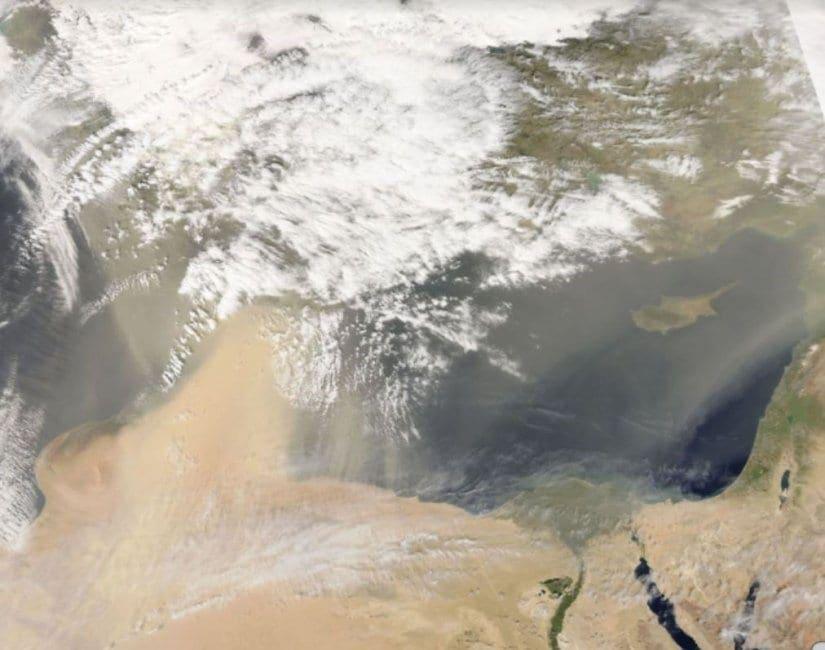 Τεράστιες ποσότητες αφρικανικής σκόνης πάνω απο τη Ρόδο και τα άλλα νησιά