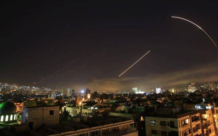 Δείτε τις πρώτες φωτογραφίες που δημοσίευσε το Associated Press – Οι Βρετανοί χτύπησαν δυτικά της Χομς
