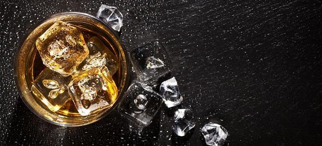 Αλκοόλ και καπνός μεγαλύτεροι κίνδυνοι για την υγεία σε σύγκριση με τις ουσίες