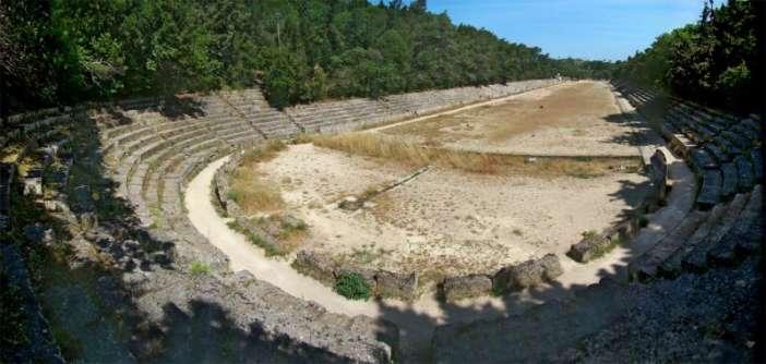 Ξενάγηση μαθητών Γυμνασίων στο Αρχαίο στάδιο για τους αρχαίους Ρόδιους Αστρονόμους και μαθηματικούς