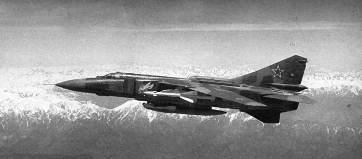 Συγκλονιστική ιστορία: Ρώσος πιλότος που είχε καταρριφθεί στο Αφγανιστάν βρέθηκε ζωντανός μετά από 30 χρόνια!
