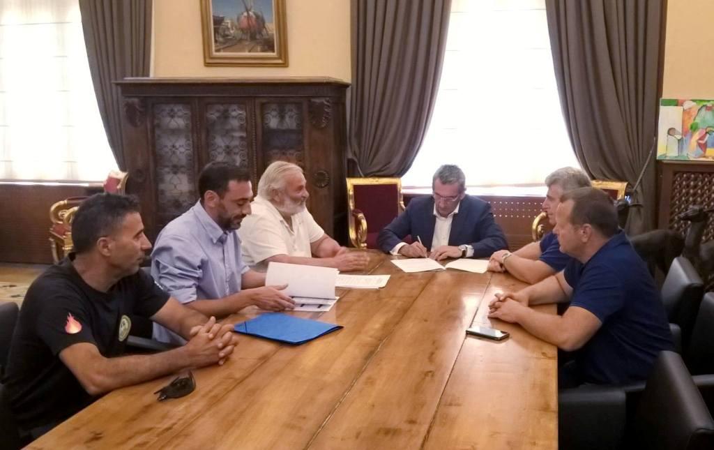 Υπογράφτηκε σήμερα από τον Περιφερειάρχη η Προγραμματική Σύμβαση, ανάμεσα στην Περιφέρεια Νοτίου Αιγαίου, τον Δήμο Ρόδου και την ΕΤΑΙΠΡΟΦΥΚΑ