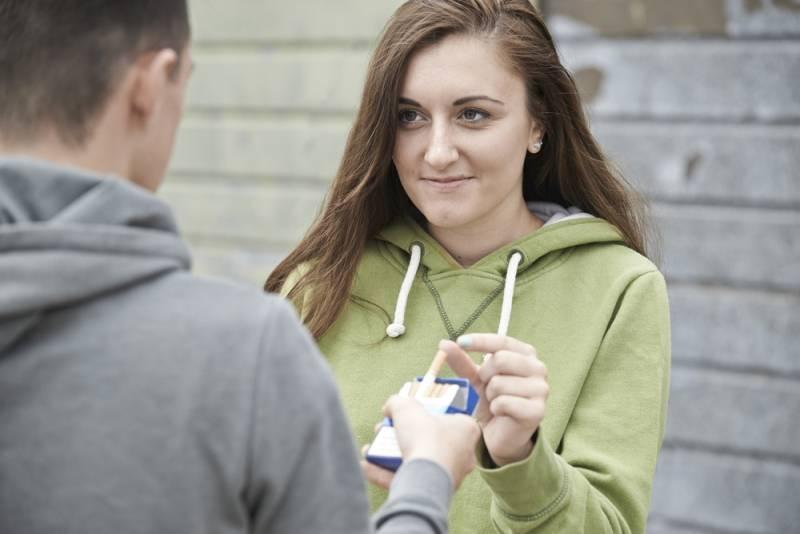 Το εφηβικό κάπνισμα επηρεάζει την υγεία των απογόνων