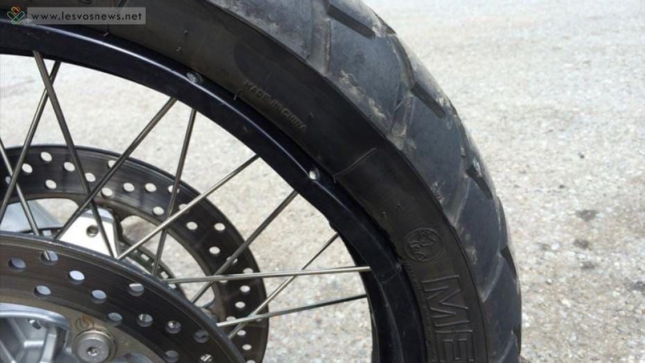 15χρονος έκανε βόλτες με κλεμμένο μηχανάκι και χωρίς δίπλωμα
