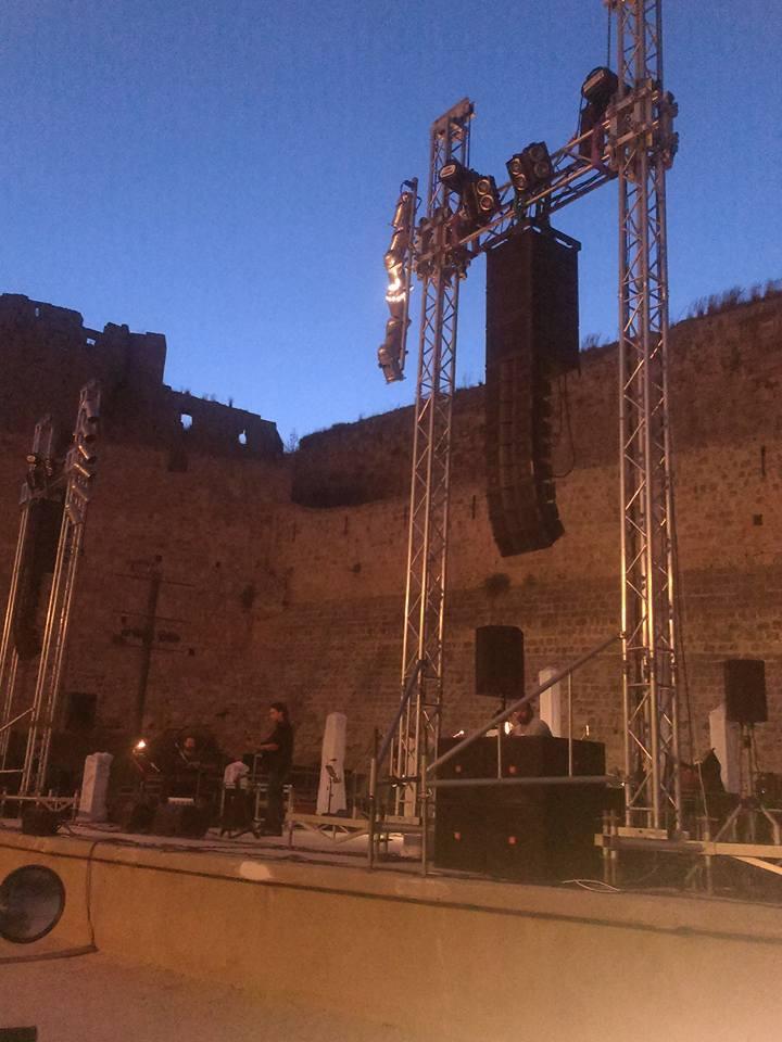 Ένα ροκ ταξίδι στο Θέατρο Μεσαιωνικής Τάφρου