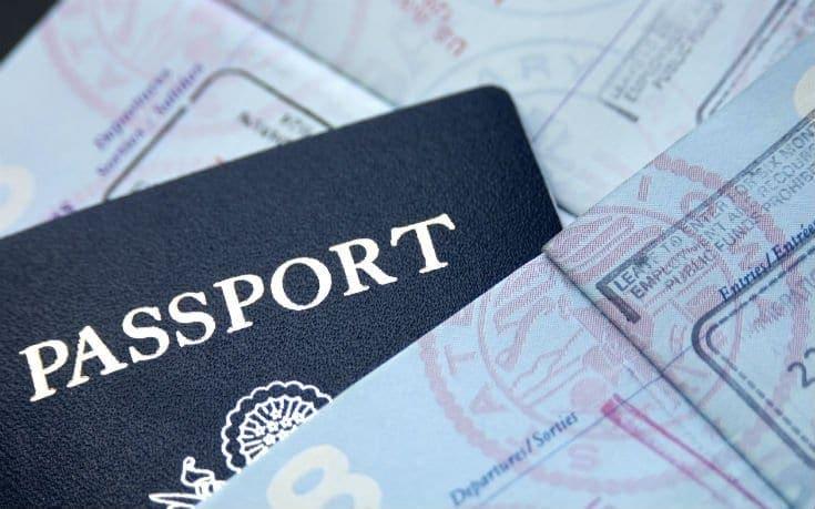 Απαλλάσσονται από τη βίζα για τις ΗΠΑ οι Έλληνες πολίτες